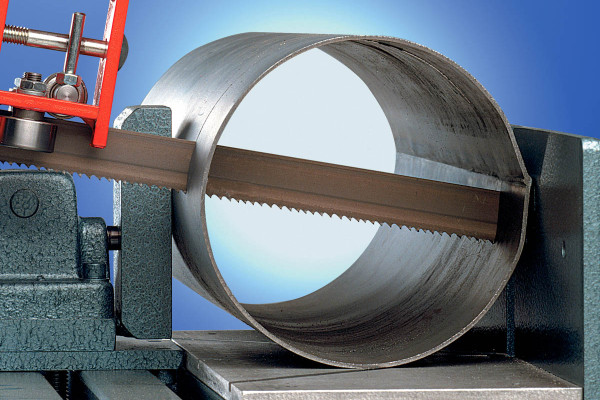 blade-cutting-tube